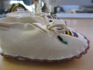 Indian Baby shoes Moccasins moccassin slippers natural leather tiny small mini