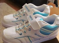 Heelys Agile Skate Roller Shoes Trainers Rollers for Boys Girls.  Size 5 Heeleys