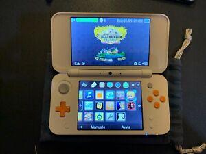 New Nintendo 2DS XL con 32 GB micro SD, custodia e giochi
