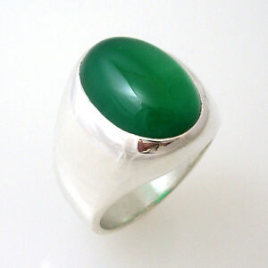MENS SMART, STUNNING, BOLD, HEAVY,  OVAL GREEN ONYX  RING IN STERLING SILVER