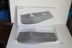 Microsoft Surface Ergonomische Tastatur - Grau
