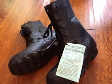 military combat INSULATED rubber boots-SIZE 7 N NEW,mud,snow,water-duck hunting