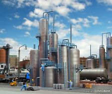Vollmer 45525 Oil Refinery - HO 1:87 Scale Unassembled Kit
