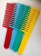 Peines y cepillos sin marca de plástico