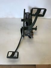 M151 VEHICLE FAMILY, MILITARY JEEP, M151A2 BRAKE AND ACCELERATOR ASSY REBUILD