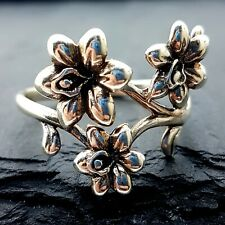 Gorgeous Sterling Silver Flower & Leaf Ring - UK Size U - Very Well Cast Piece