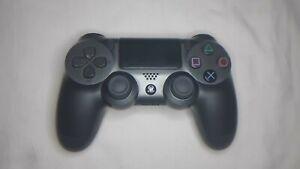 Sony DualShock 4 Mando Inalámbrico para PlayStation 4 Reacondicionado Negro