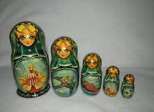 Thumbelina 5 Piece Matryoshka Russian Nesting Doll Signed