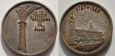 BONITA MEDALLA RELIGIOSA IGLESIA PARROQUIAL DE ALLES. 23,5 gramos/40 mm . PLATA