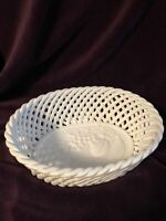 CERAMIC POTTERY WHITE OVAL OPEN WEAVE BREAD BASKET FRUIT BOWL MADE IN ITALY