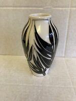 """Moorcroft """"Moser"""" Vase 200/5 Vicky Lovatt RRP £165 Monochrome Christmas Gift 🎁"""