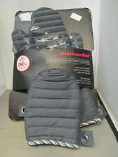 Kitchen Aid Oven Mitts 3 Piece Set  Gloves GREY with Packaging inc VAT