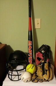 Louisville Slugger Dynasty DYS 1350 13.5 LH  glove  softball, Easton Bat Bundle