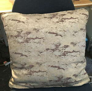 """Reduced Ashley Wilde Birnam Aubergine Fabric 17""""D/ Sided Cushion Cover Piped"""