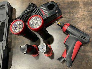 Snap-On CTS561 1/4 Cordless ScrewDriver LED Flashlights ~Batterys ~Charger