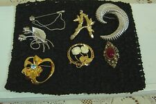 Pins Avon Monet & Unmarked Lot Of 7 Vintage Jewelry