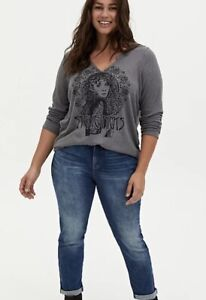 TORRID Size 5 / 5X V-Neck Waffle Shirt Stevie Nicks Grey Longsleeve Tee - plus