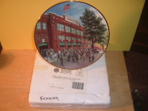 1994 Delphi Bradford Exchange Boston Red Sox Fenway Park Plate with Stand