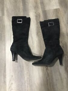 "Woman Size 7 Suede Leather Winter Boots 3.5"" Hill"