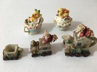 Christmas And Easter Figurines By Fans.  5 Piece Lot