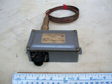 Temperature Control Switch, 40-140ºF, United Electric Controls, E5, model 70B