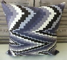 Illusion Greys cushion cover 45 x 45