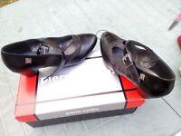 Chaussures PIERRE CARDIN Neuve T40