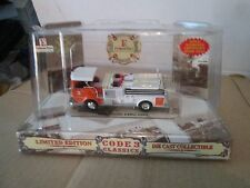 Code 3 2000 FIRE house EXPO  FIRE TRUCK 1/64 emergency services CROWN firecoach