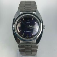Vintage Timex Q Mens 96951-06477 Silver Stainless Steel Day Date Wristwatch