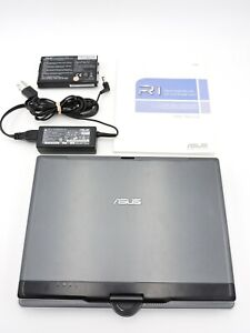 Asus R1E-B1 Convertible 2-in-1 Tablet / Notebook PC laptop FOR REPAIR No O/S