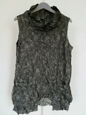 SUN KIM  Med Black and Green Sleeveless Wire Neck Crinkle Tunic with Pockets NWT