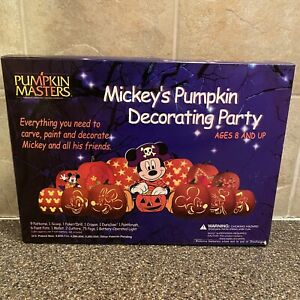 Pumpkin Masters Carving & Decorating Kit of Mickey's Pumpkin Decorating Party