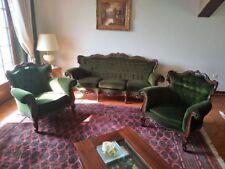 Salon 3 pièces  Style baroque/rococo  en noyer vernis et capitonnage en velours