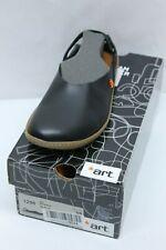 Art Women's 1298 Becerro Black/Kio Closed Toe Sandals