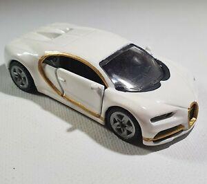 Siku 1508 Bugatti Chiron White and Gold