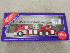 SIKU Fire Engine 3433,  1/55 scale