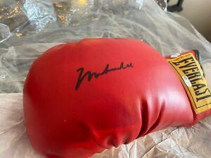 Muhammad Ali Autographed signed Everlast Boxing Glove Fanatics/Mounted Memories