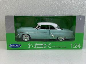 1/24 Welly 1953 Ford Crestline Victoria Light Blue Part # 22093W