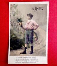 CPA. 1905. 1er AVRIL. Garçonnet. Poisson. Bouquet de Fleurs. Paysage.