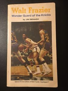 Walt Frazier: Wonder Guard of the Knicks by Jim Benagh(1974 Paperback 120 pages)