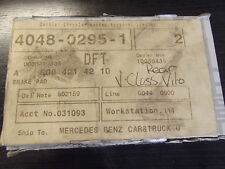 Mercedes GENUINO Nuevo Pastillas De Freno Trasero V Clase W638 Modelo A0004214210