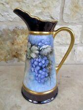 Florero Pintado a Mano Brillante Púrpura Lavanda uvas Grapevine Acentos de Oro