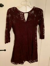 Hollister Co by Abercrombie wine/burgundy lace dress Sz S 3/4 sleeve