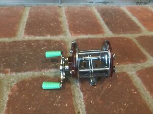 Penn Peer Level Wind 109 Conventional Reel - GOOD CONDITION – USED