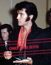 ELVIS PRESLEY 1969 Press Conference August 1969 Las Vegas 8x10 Photo PROFILE
