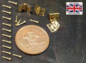 Dolls House Furniture 4pcs Gold Coloured Metal Hinges-UK STOCK-FREE P&P+NAILS