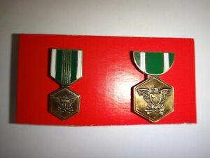 Paire De Vietnam Guerre États-Unis Armée Mini Médailles