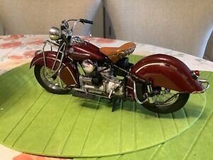 Franklin Mint Precision Models The 1942 Indian 442 1:10 Scale Motorcycle