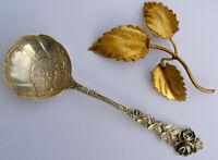 Großer antiker Sahnelöffel - Rosendekor - 800er Silber - Selten