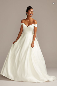David's Bridal Ivory Off the Shoulder Satin Ball Gown Wedding Dress - Size 16